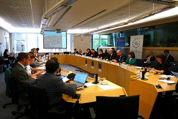 Li Parlamentoya Ewropayê konferansa li ser mafê qederê