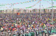 Newroz li Amedê bi girseyî hat pîrozkirin