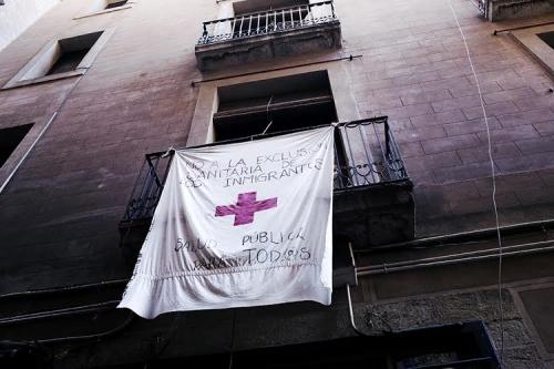 Li Barselonayê xebata xweser a ji bo penaberan