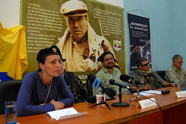 Guherîna ji jêr ve: Meclîsên damezrîner li Kolombiyayê ji bo aştiyê riyeke demokratîk pêşniyaz dike