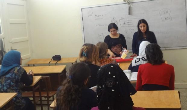 Mamosteyên Zimanê Kurdî têne perwerdekirin