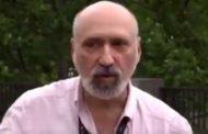 Michael L. Chyet: 'Divê zarokên kurdan bi her du zaravayan bizanin'