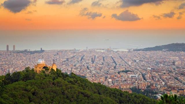 Barselona û Demokrasiya Bajêr