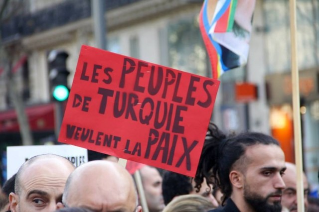 Paris protest2