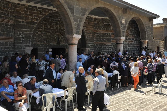 St._Mary_Church_Diyarbakir2