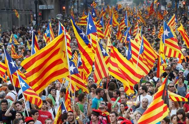 1.8 milyon welatî ji bo serxwebûna Katalonyayê meşiyan