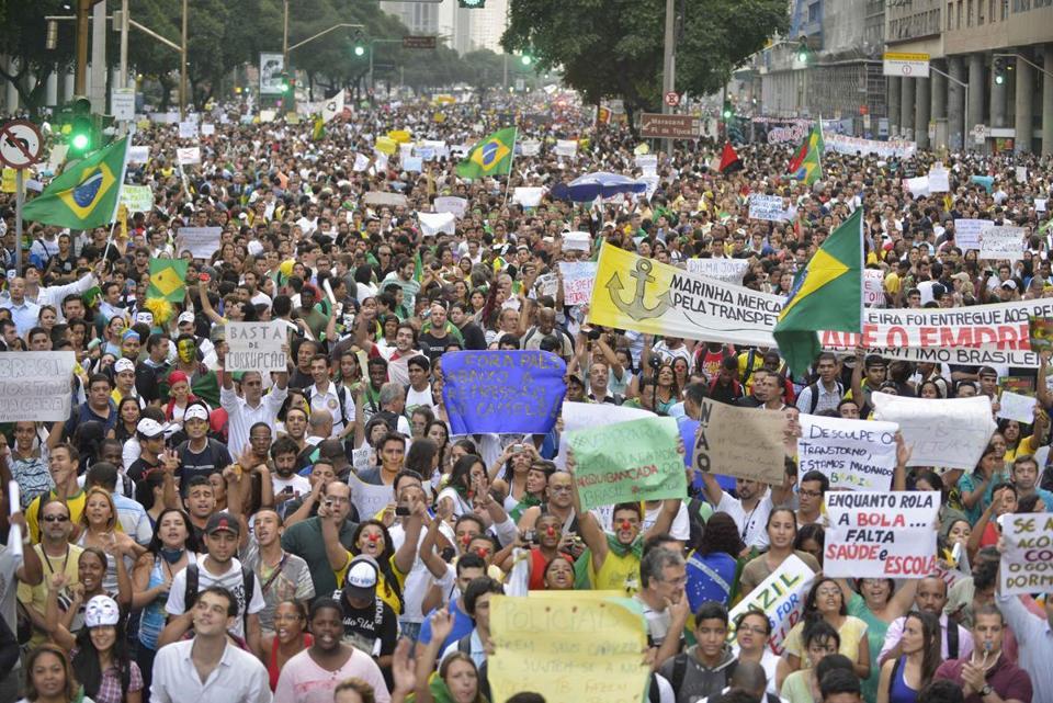 Li Brezîlyayê serhildan bi ser ket